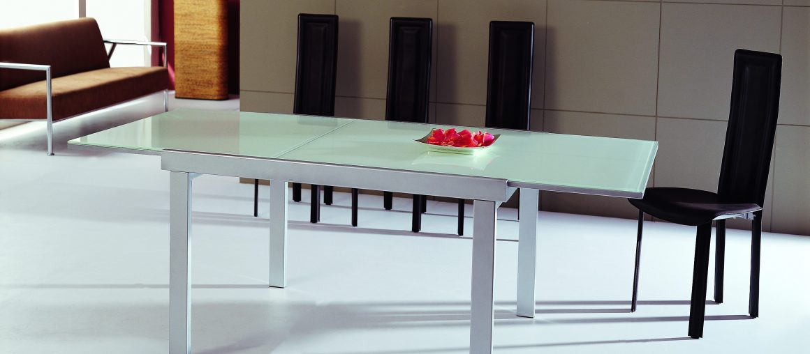 B2187 - Dining Table