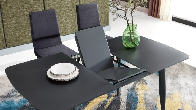 TL 1942 C Dining Table
